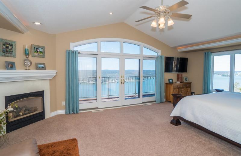 Rental bedroom at Lake Ozark Vacations.