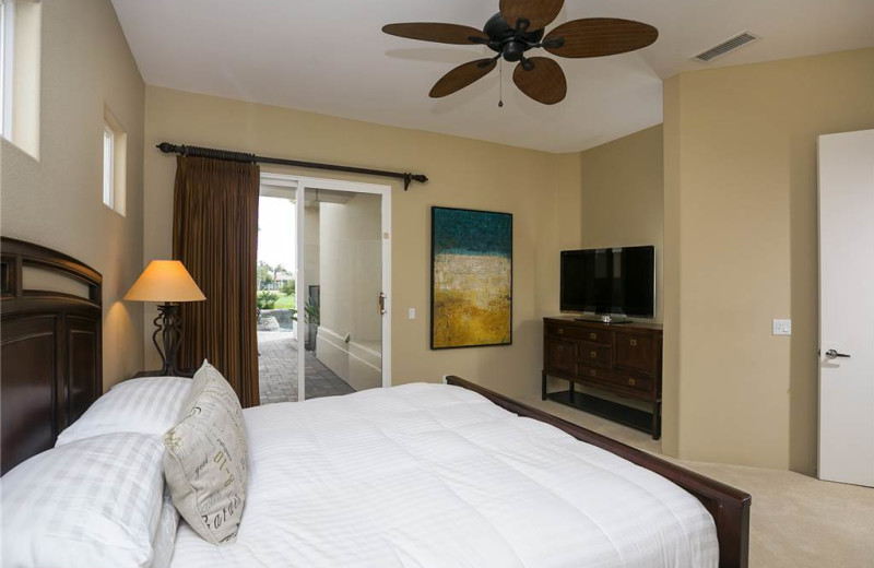 Rental bedroom at Luxury Leasing.