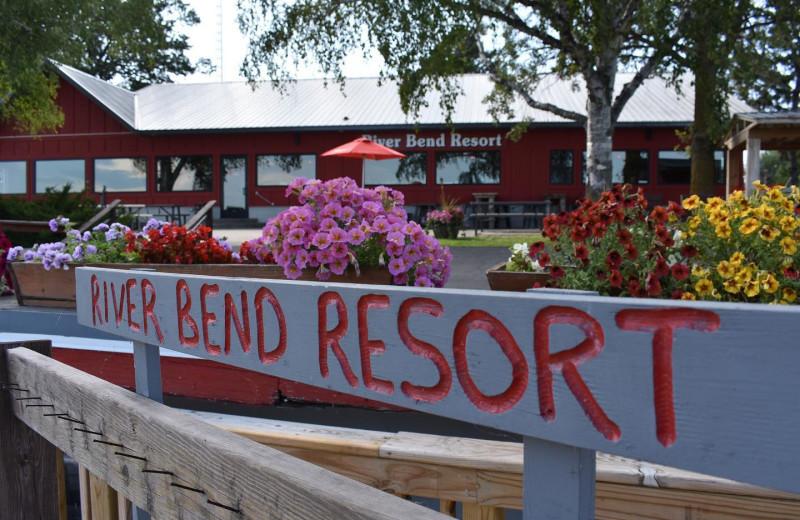 Exterior view of River Bend's Resort & Walleye Inn.