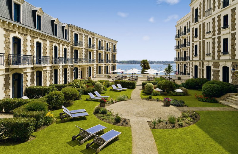 Court yard at Grand Hotel Barriere.