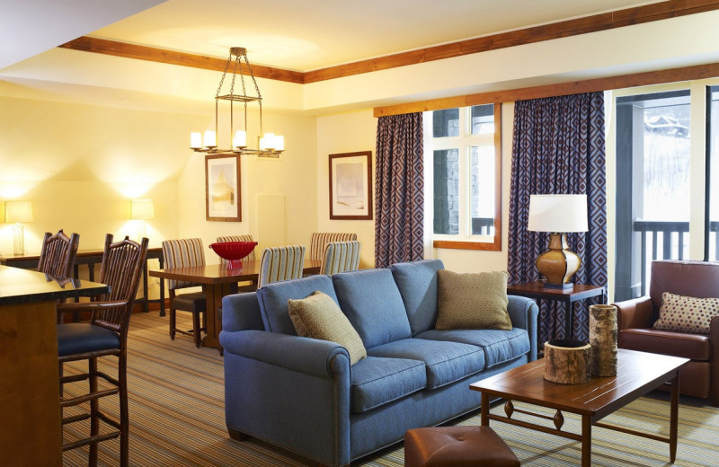 Guest living room at Stowe Mountain Lodge.
