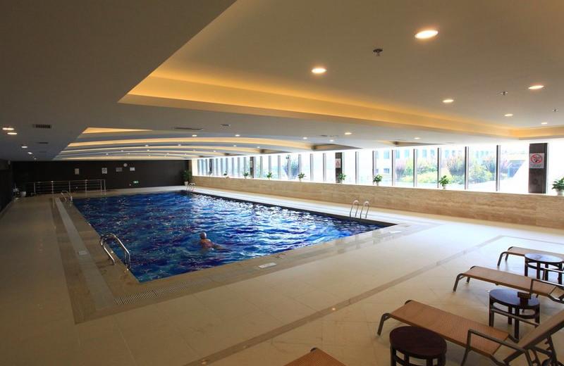 Indoor pool at Holiday Inn Nanjing.