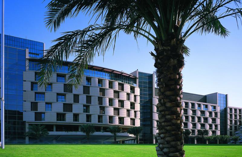 Exterior view of Al Faisaliah Hotel.