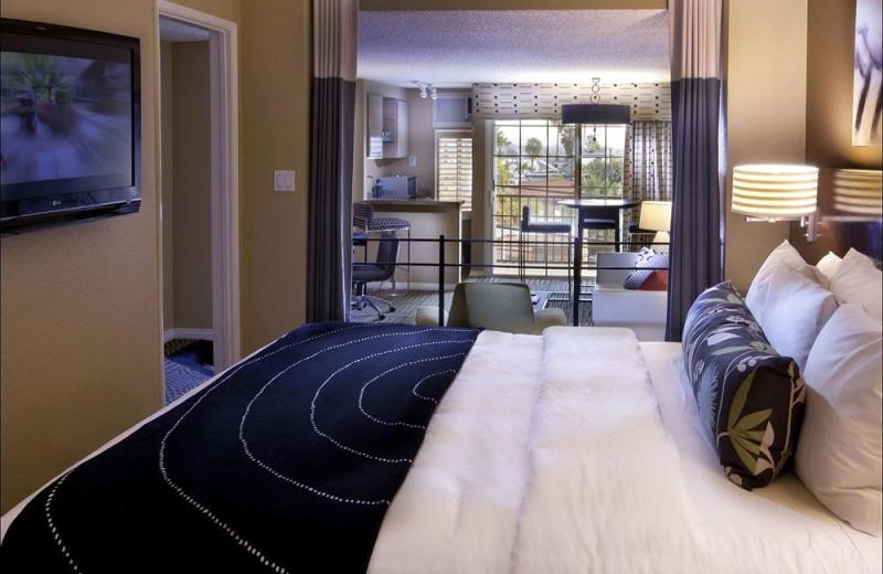 Guest room at Le Montrose Suite Hotel.