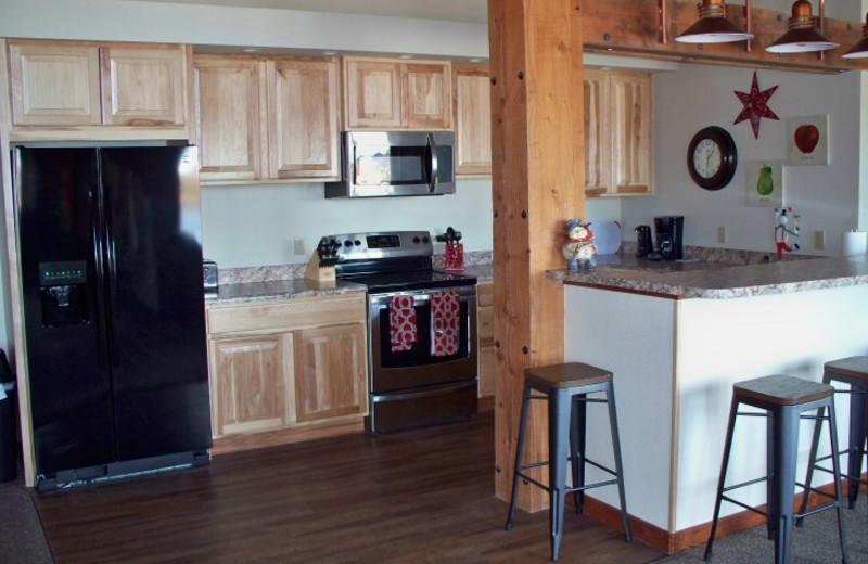 Guest kitchen at Canyon Lake Resort.