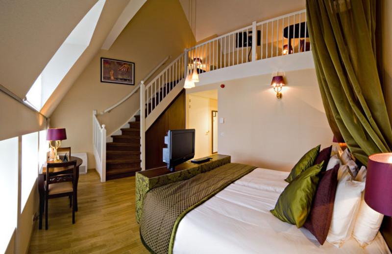 Guest room at Grand Hotel Karel V Utrecht.