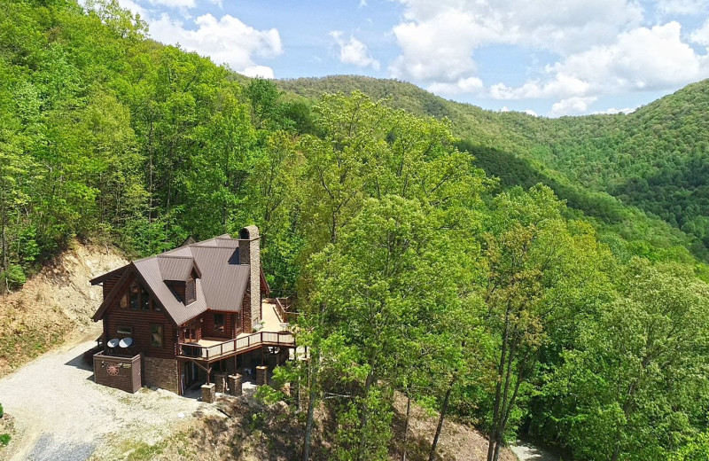 Rental exterior at Bryson City Cabin Rentals.