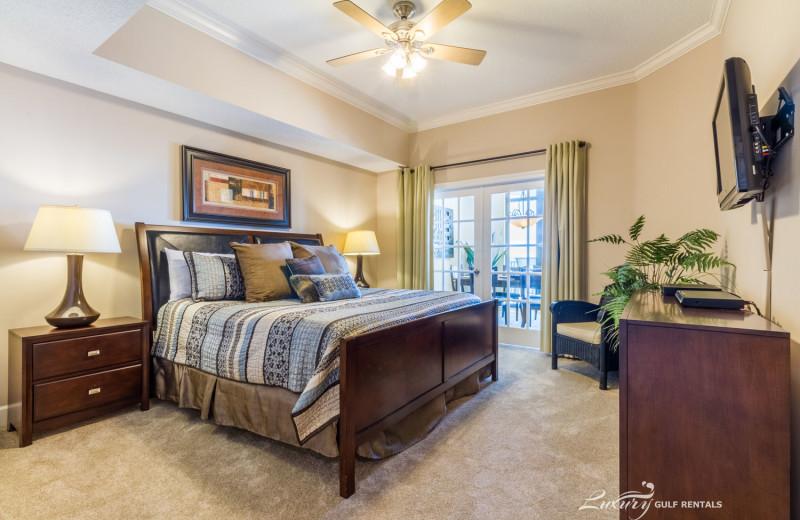 Rental bedroom at LuxuryGulfRentals.com.