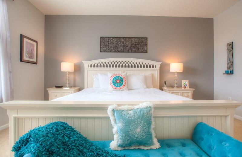 Rental bedroom at Orlando Luxury Escapes Vacation Rentals.
