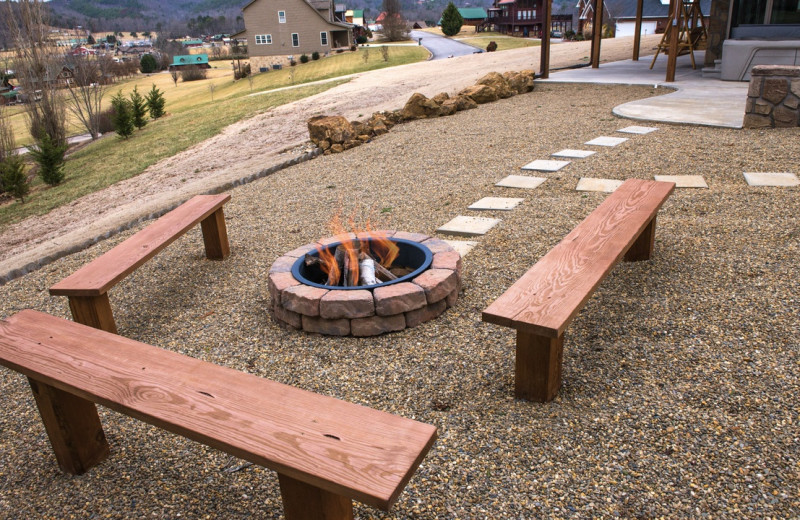 Rental fire pit at Eden Crest Vacation Rentals, Inc.