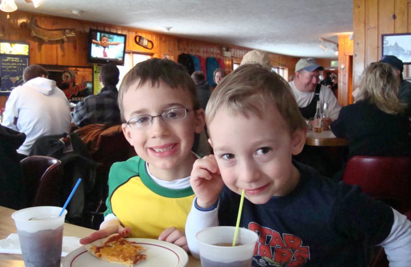 Family Friendly Dining at Lost Land Lake Lodge