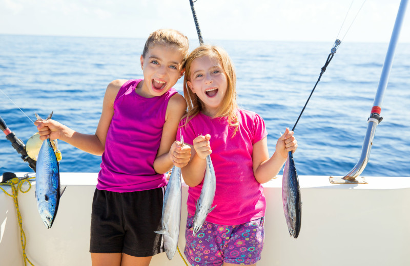 Family fishing at Jersey Cape Realty.