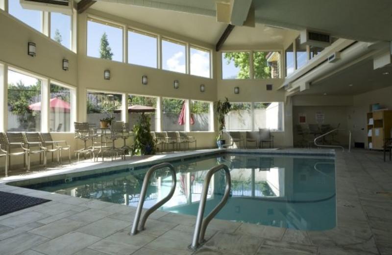 The Stratford Inn Ashland Or Resort Reviews Resortsandlodges Com