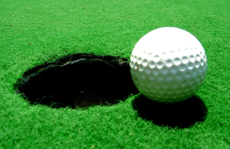 Golf near Oxen Yoke Inn.