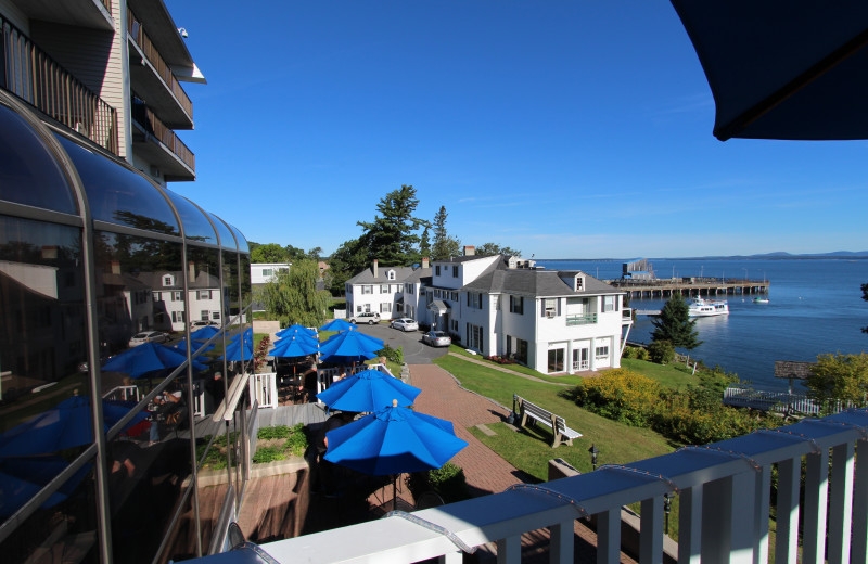 Outdoor patio at Atlantic Oceanside Hotel & Conference Center.