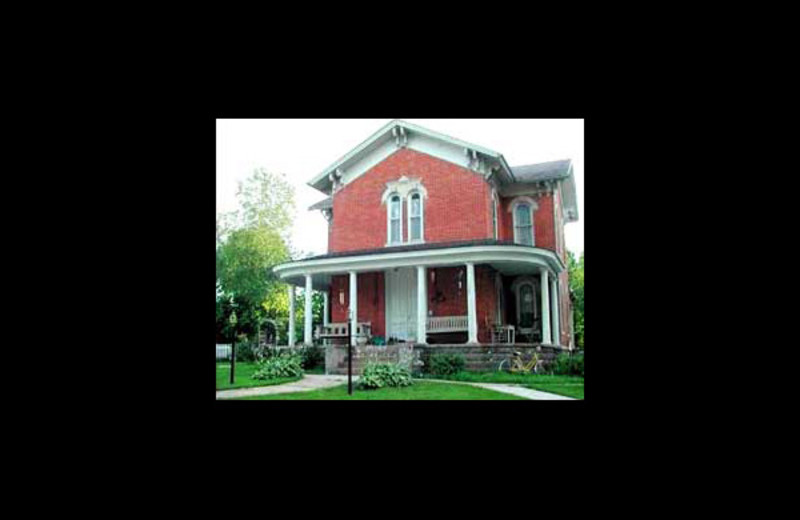 Exterior view of Thompson House Bed & Breakfast.