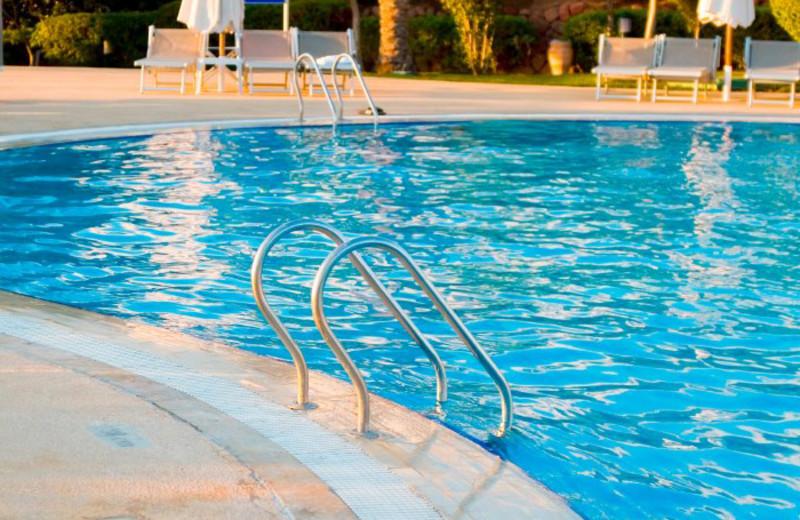 Outdoor Pool at Circus Circus Hotel