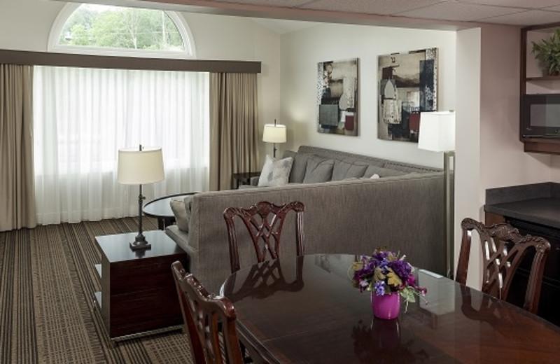 Suite at Fairbanks Inn
