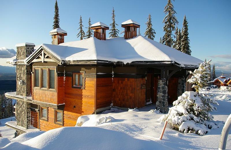 Exterior of Luxury Rental at RentChalets