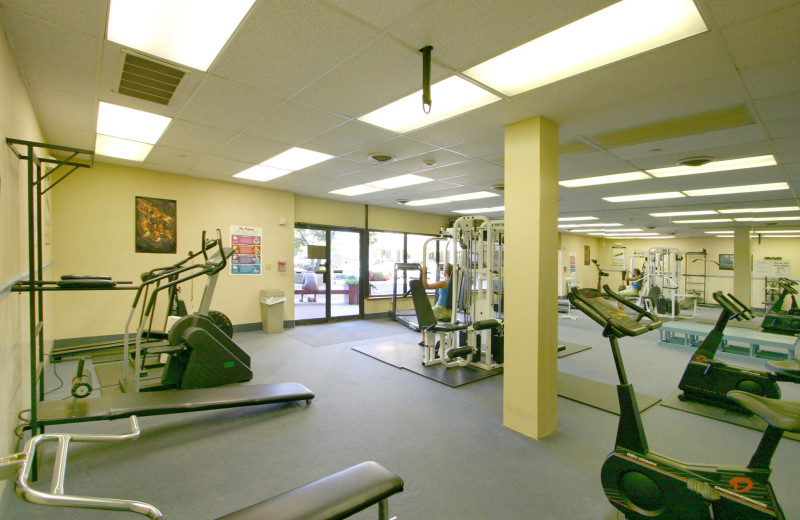 Rental fitness room at Century 21 New Horizon.