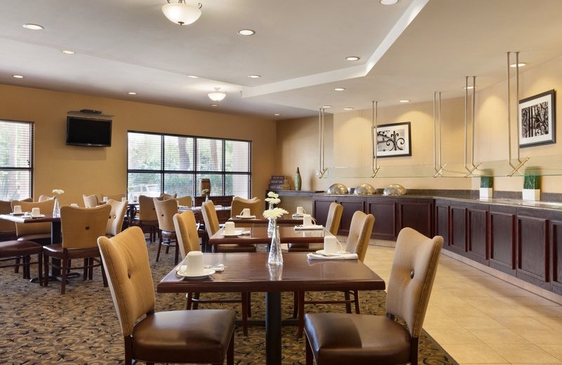 Dining at Radisson Hotel Phoenix-Chandler.