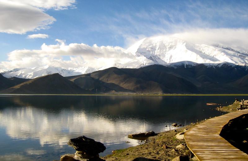 Lake at Alaska Rainbow Lodge.