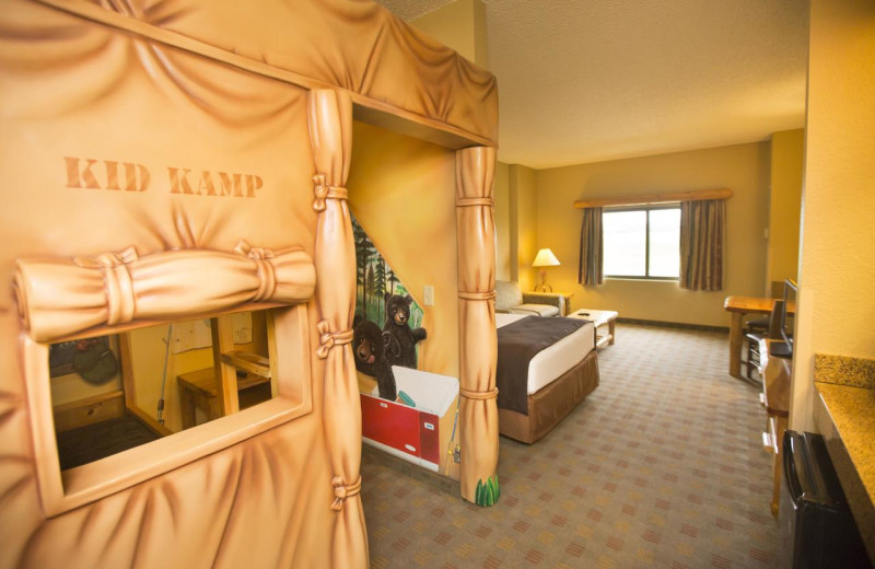 Guest room at Great Wolf Lodge - Concord.
