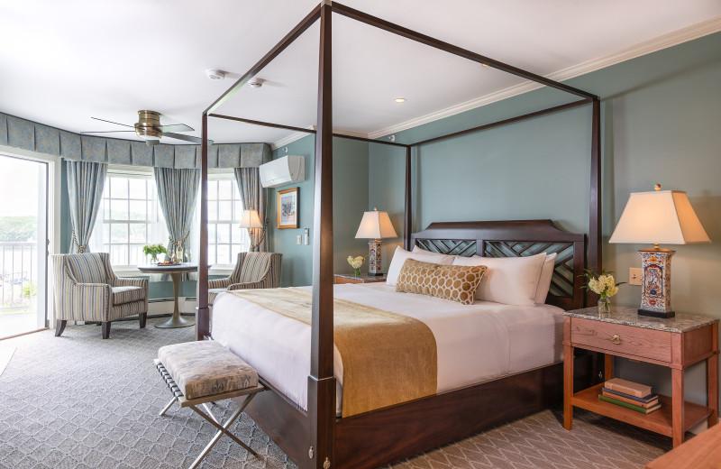 Guest room at Bar Harbor Inn