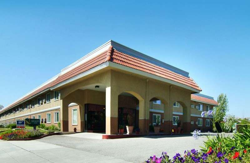 Exterior View of Quality Inn Santa Clara Convention Center