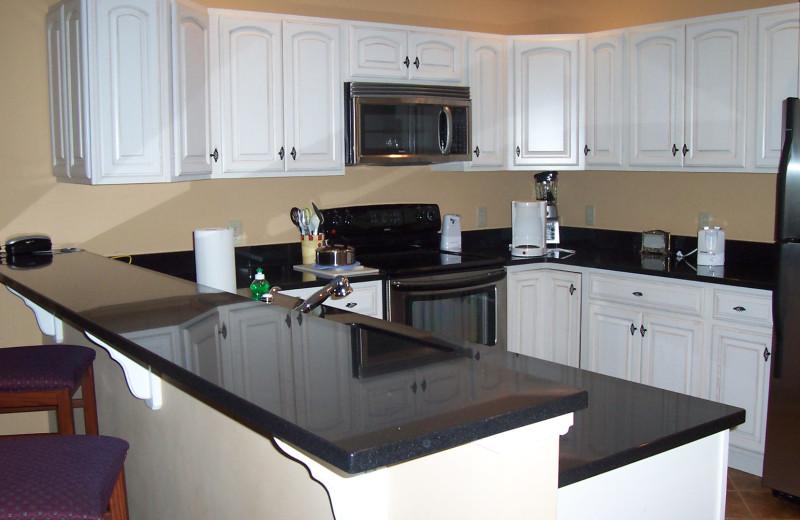Guest kitchen at Jiminy Peak Mountain Resort.