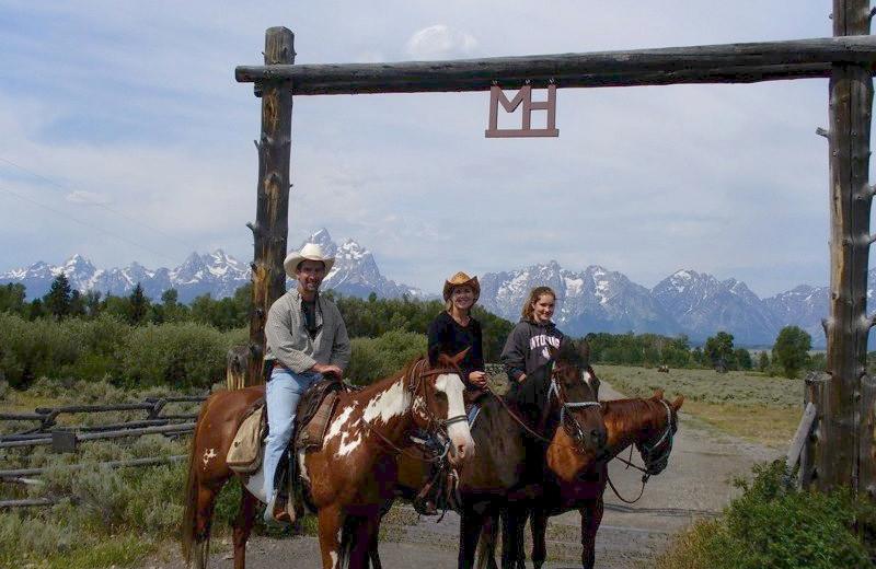 Entrance to Moose Head Ranch