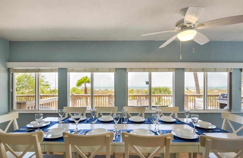 Rental dining room at Sun Palace Vacation Rentals.