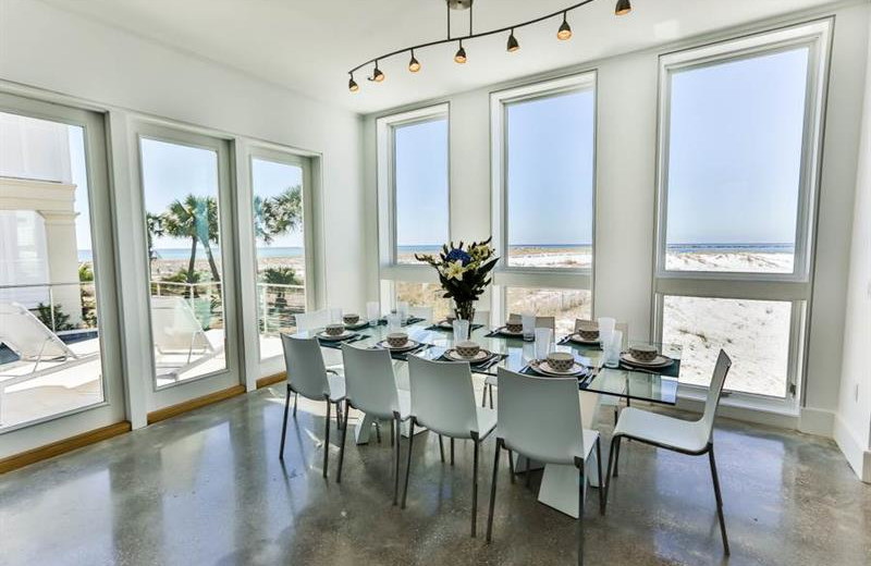 Rental dining at Holiday Isle Properties.