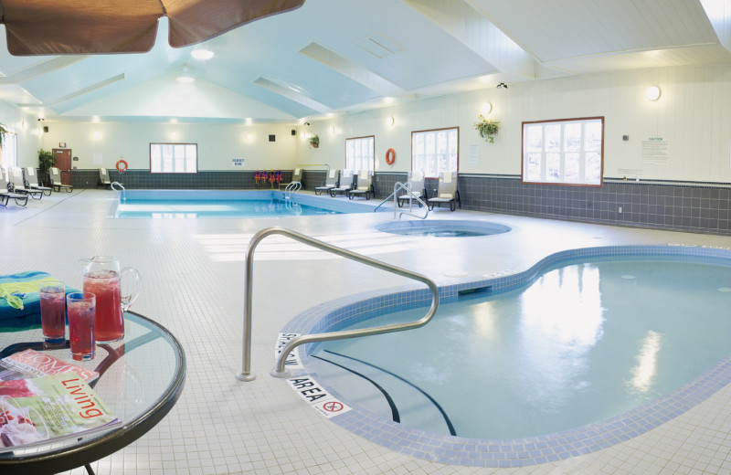 Indoor pool at Carriage Ridge Resort at Horseshoe Valley.