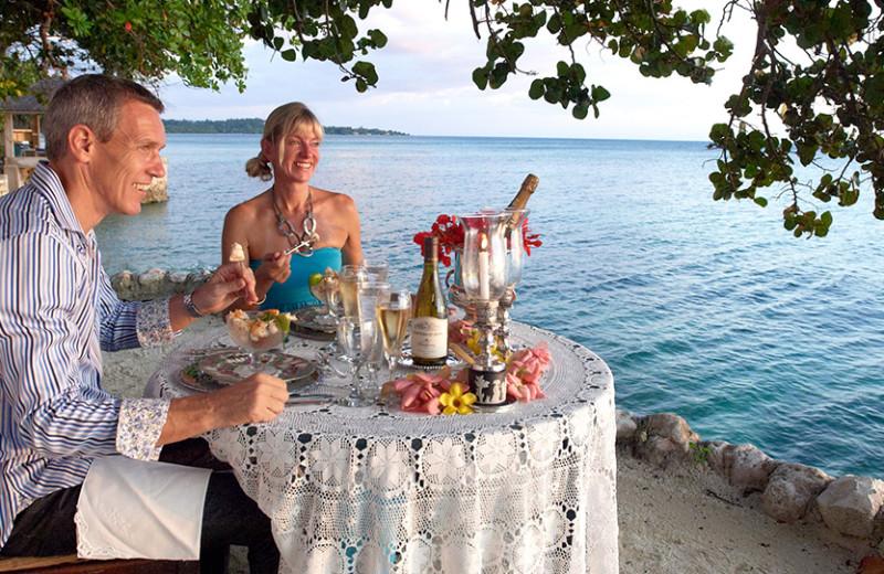 Dining at Bluefields Bay Villas.