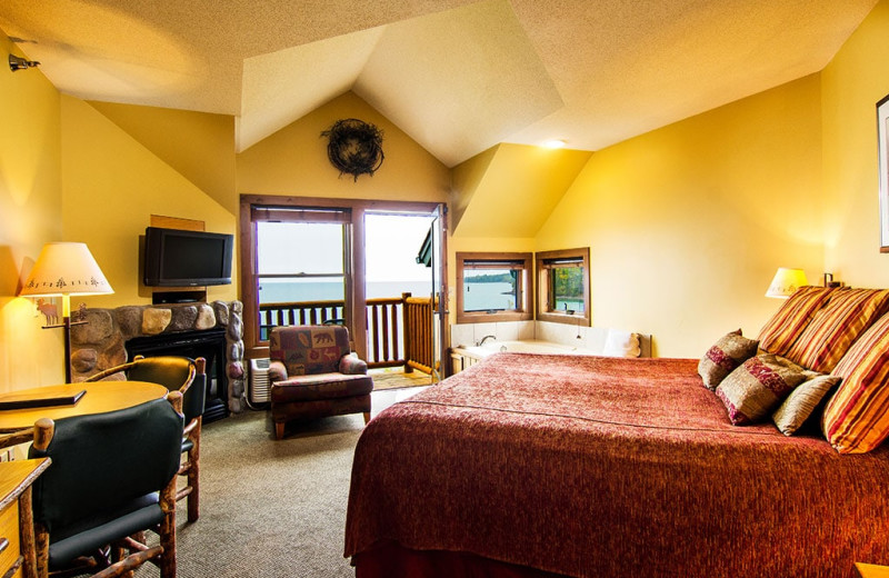 Guest room at Grand Superior Lodge on Lake Superior.