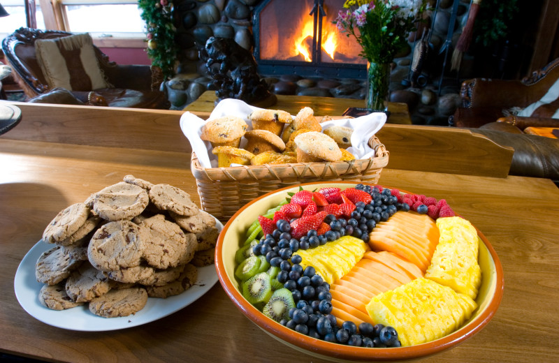 Snacks at Rusty Parrot Lodge.