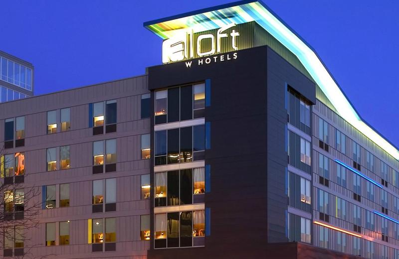 Exterior view of Aloft Minneapolis.