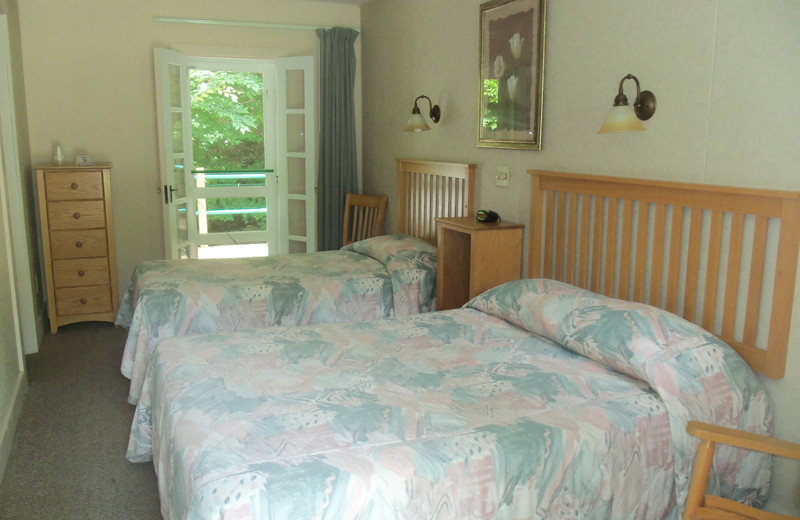 Guest room at Capon Springs.