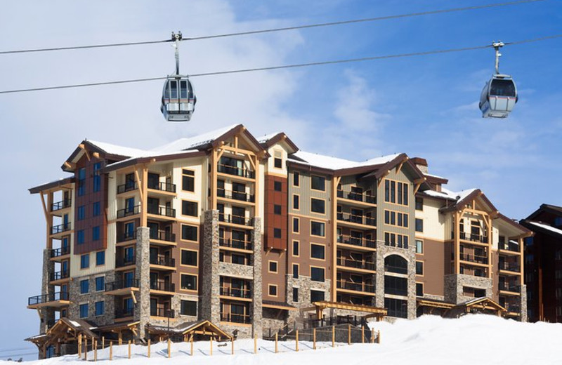 Exterior view of Edgemont Condominiums.