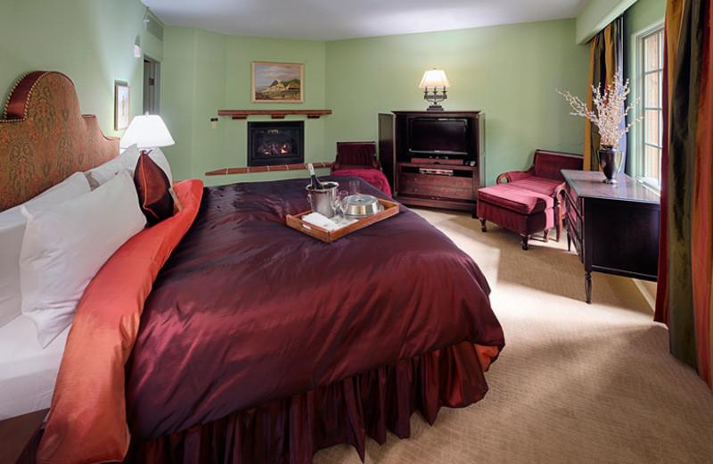 Guest Room at Hotel Los Gatos