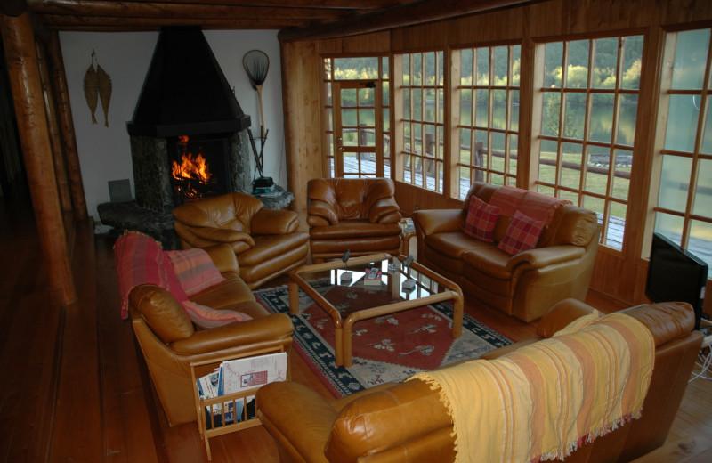 Lounge at Rio Palena Lodge.