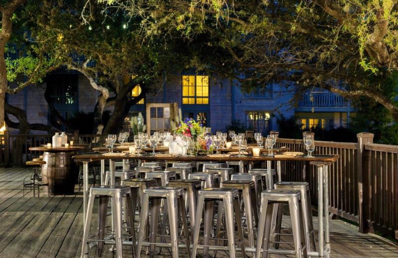 Patio dining at Hyatt Regency Hill Country Resort and Spa.
