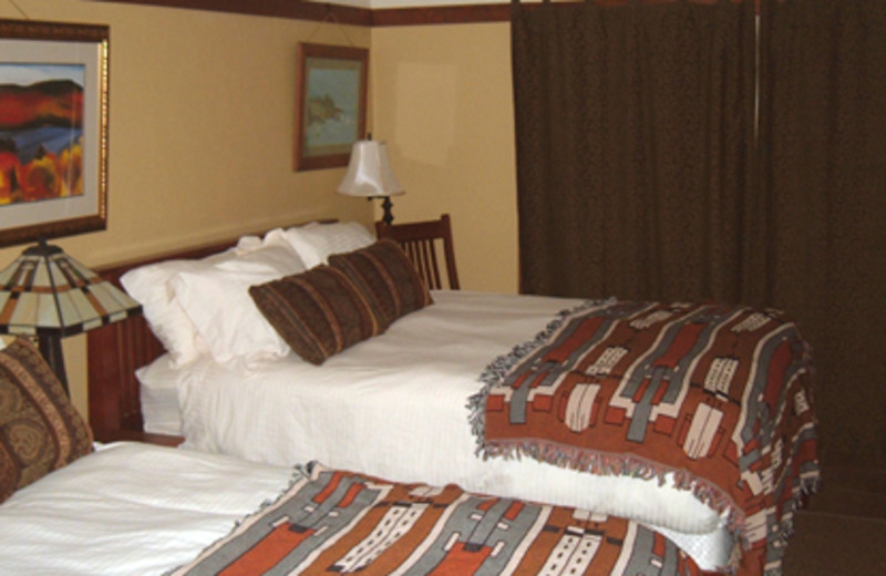Guest Rooms at Inn of the Beachcomber