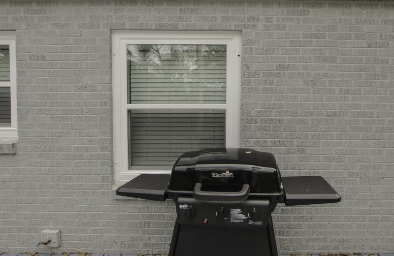 Grill at 21st Ave 37.