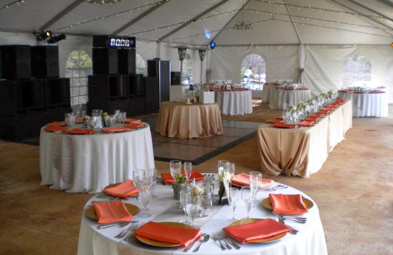 Wedding reception at The Lodge at Sandpoint.
