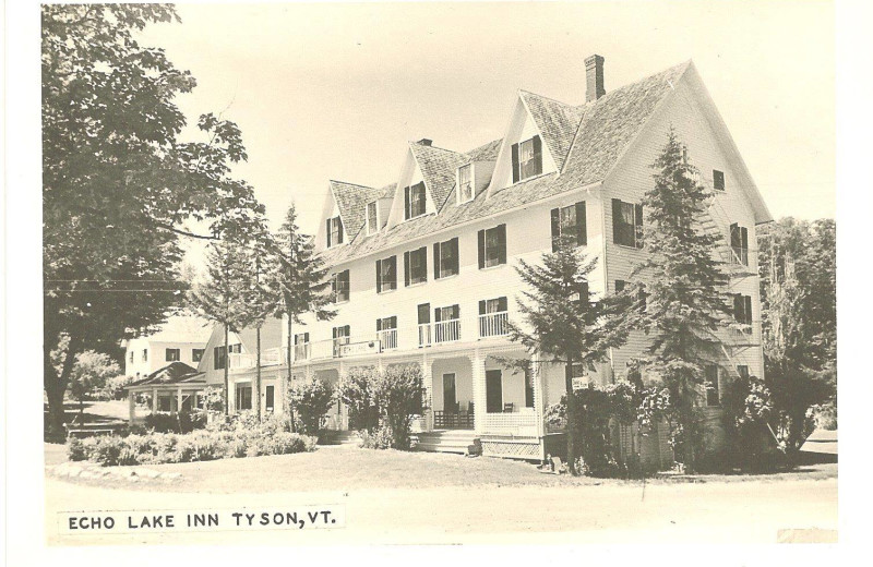 Historical photo of Echo Lake Inn.
