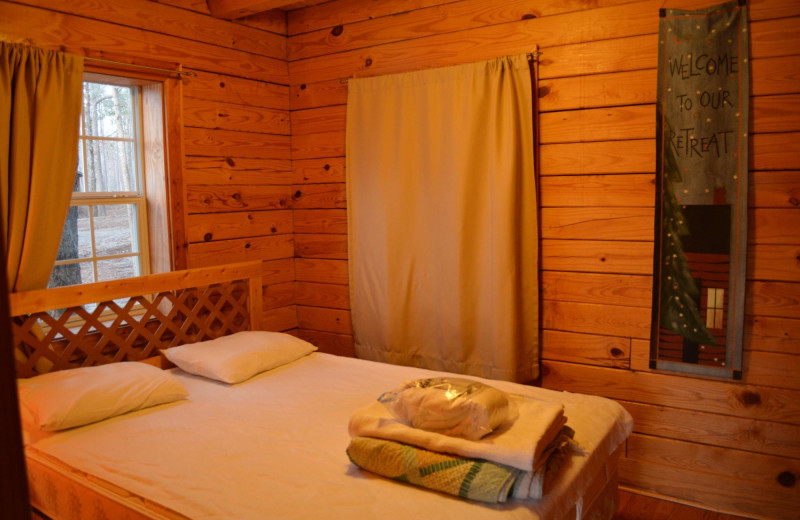 Cabin bedroom at Yogi on the Lake.