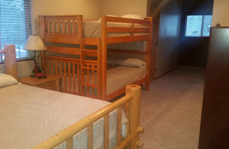 Guest room with Bunk Beds at Tall Pines Getaway