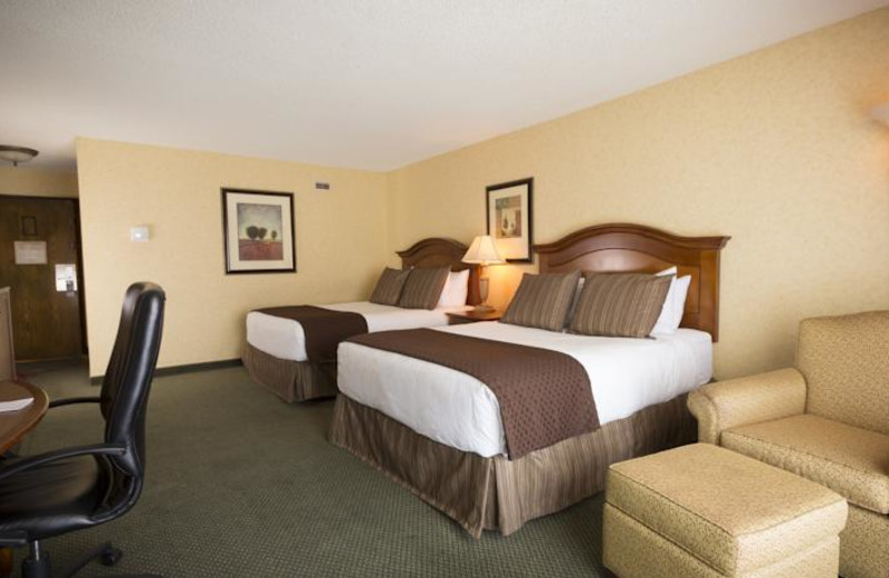 Guest room at Red Lion Hotel Tacoma.